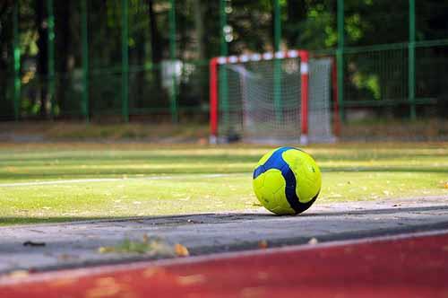 บอลสูง – ต่ำ เล่นง่าย